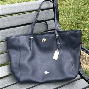 Coach Over the Shoulder Bag, NAVY BLUE